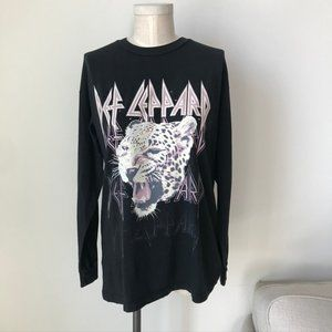 Daydreamer Def Leppard Pink Cheetah Long Sleeve